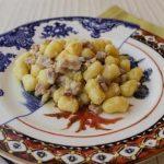 Gnocchetti con mascarpone, porro e pancetta stufata