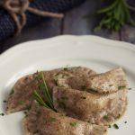 Mezzelune di grano saraceno con patate e speck